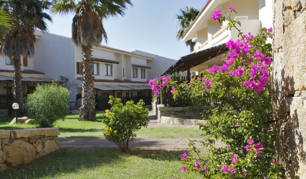 Club Esse Posada Beach Resort