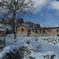 Borgo Donna Teresa zăpadă-acoperit structura