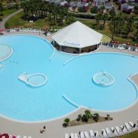 Piscină Club Esse cassiodoro cu bar la piscină
