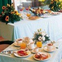 Hotel La Luna mic dejun