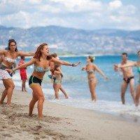 Divertisment TH Baia degli Achaeans pe plajă